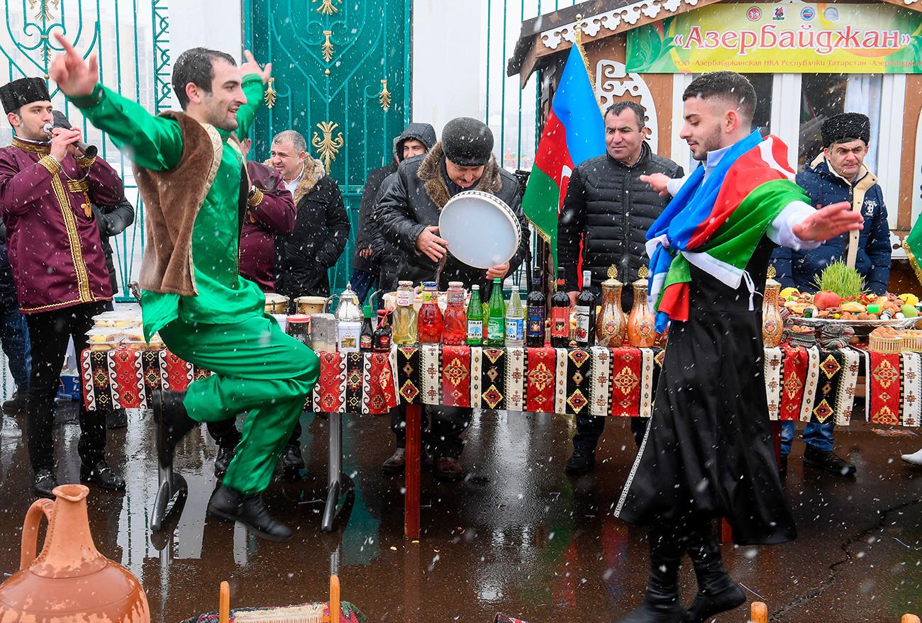 Прослава Персијске нове године (Новруз) у Казању.