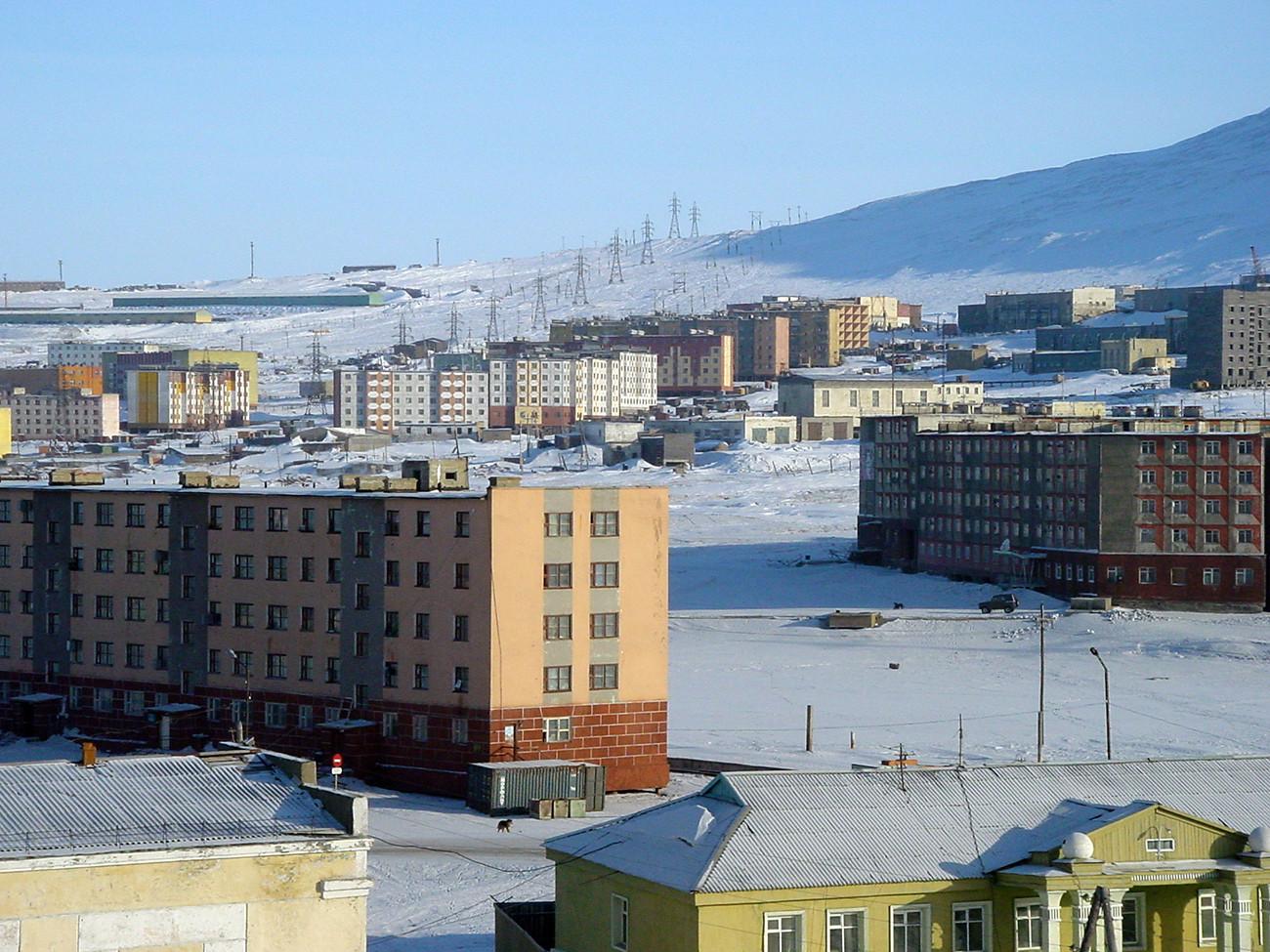 Arktično obalno mesto Pevek, Čukotka, Rusija
