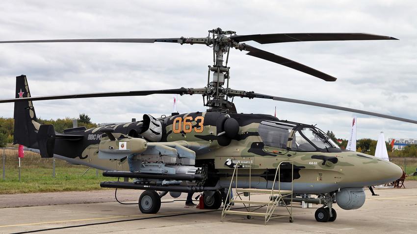Helicóptero Ka-52.