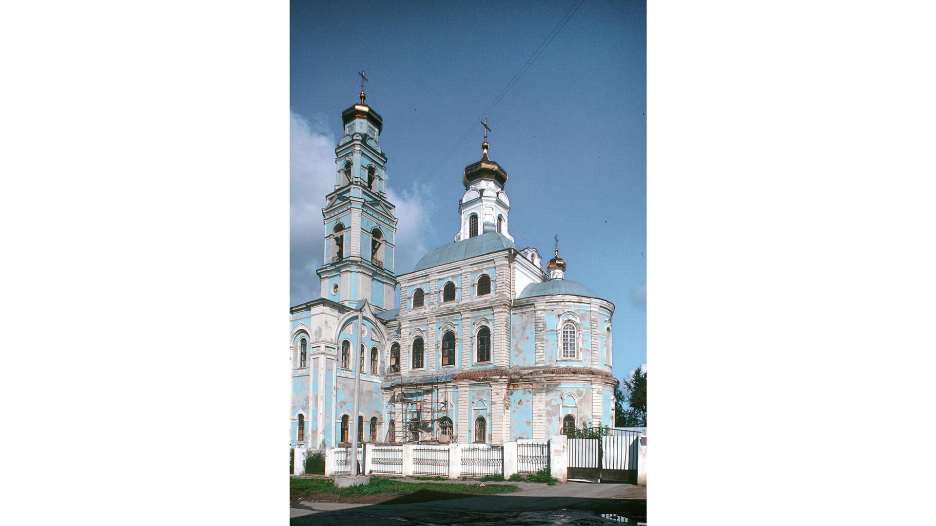Chiesa dell'Ascensione e campanile. Vista sud-est. 26 agosto 1999