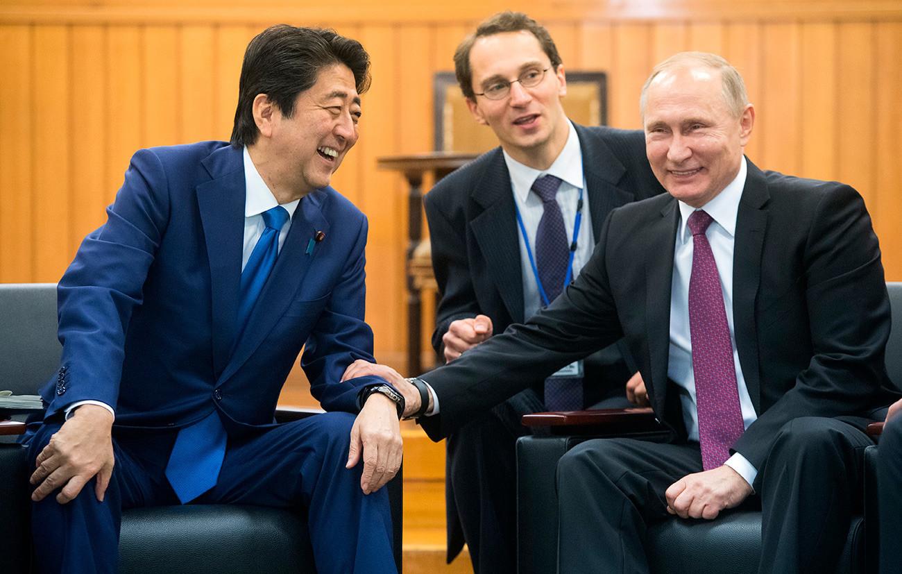 Putin i Shinzo Abe