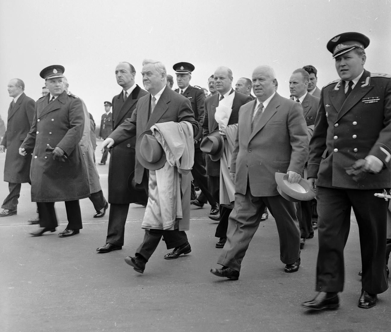 Khruschov (1894 - 1971).