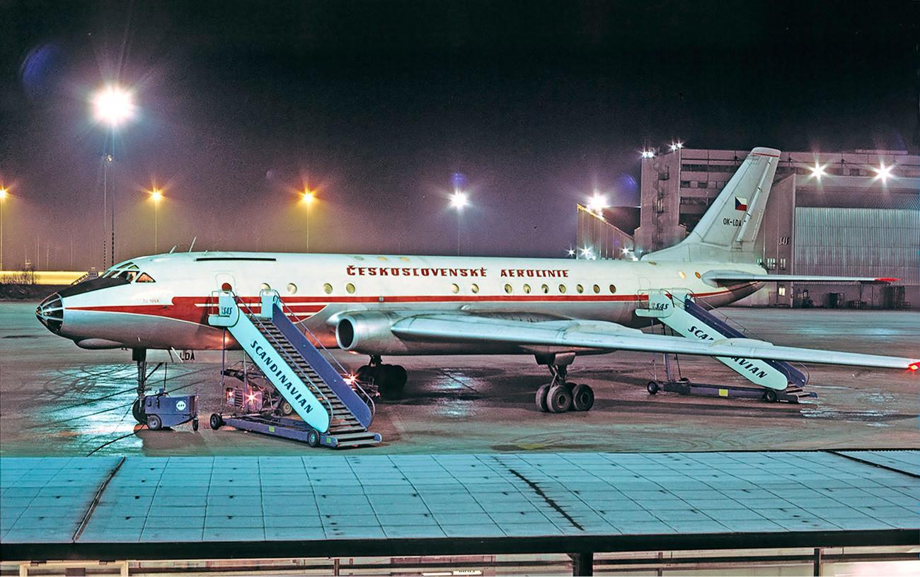 TU-104 de companhia tchecoeslovaca.