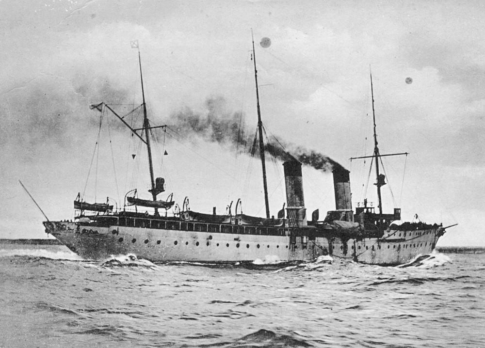 巡洋艦「アルマース」