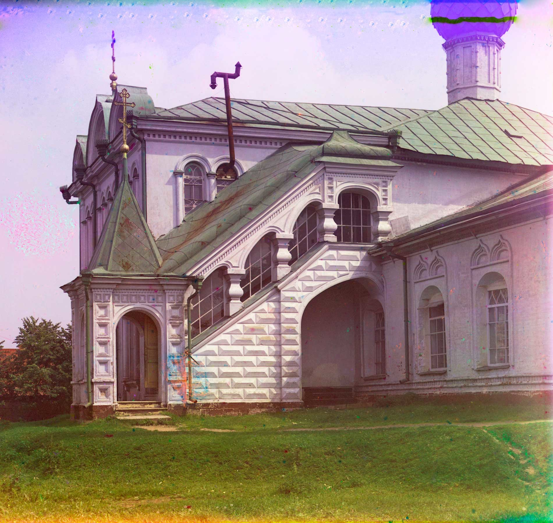 Church of St. Nicholas. North facade with stairway to Chapel of St. Nicholas. Summer 1911.