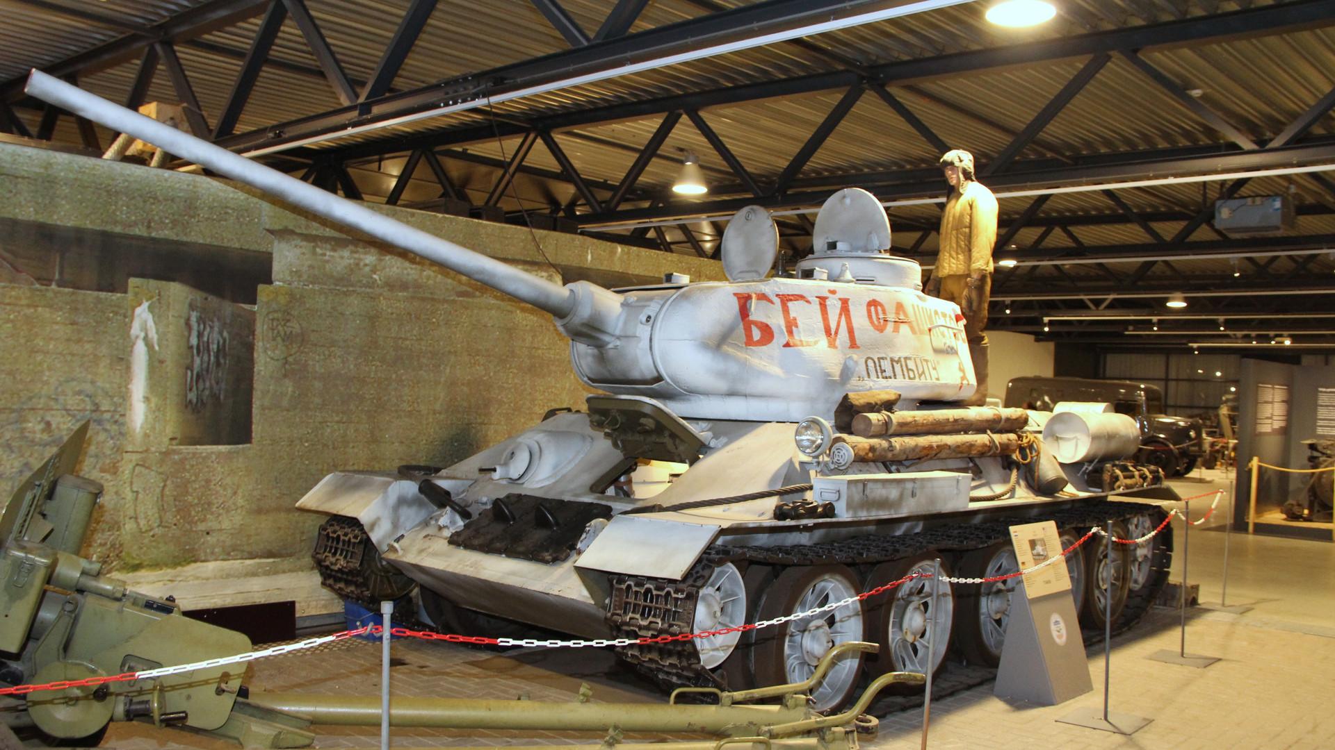 T-34 en el Museo de la Guerra de Overloon.