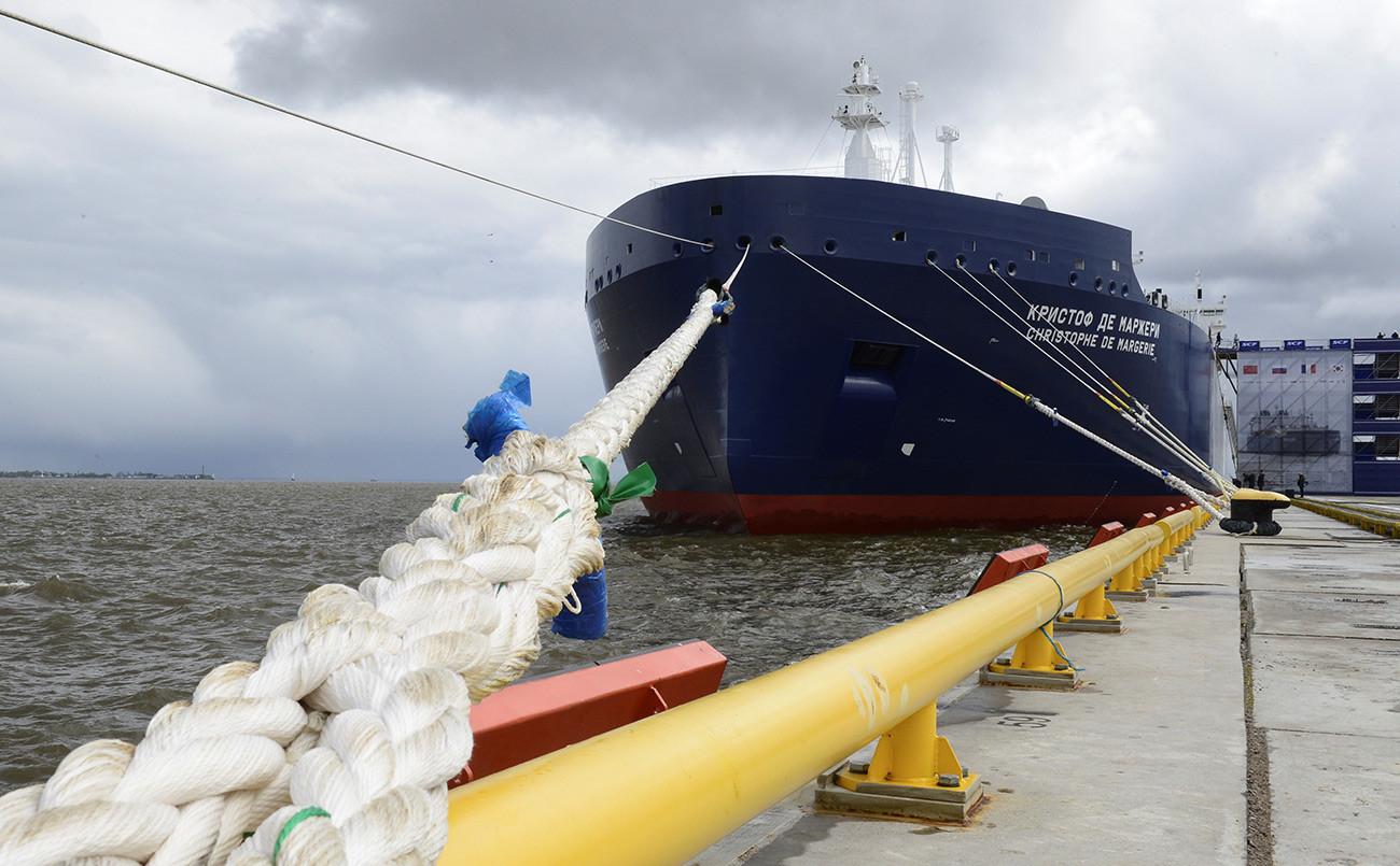 "Нови руски арктички танкер за транспорт течног гаса ""Кристоф де Маржери"""