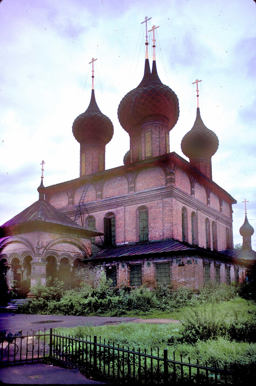 Chiesa dell'Icona della Vergine di San Teodoro.Vista sud-ovest prima dell'applicazione della calce. 7 agosto 1987