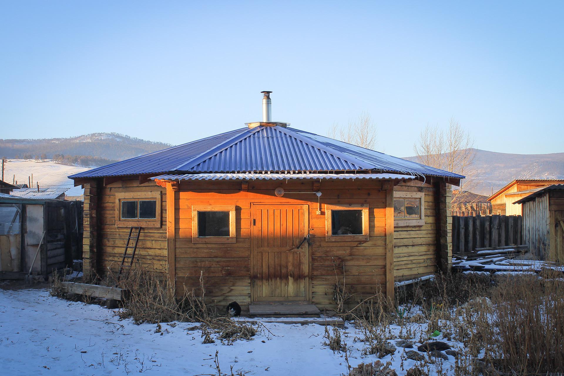 Yurt milik Khagdaev.
