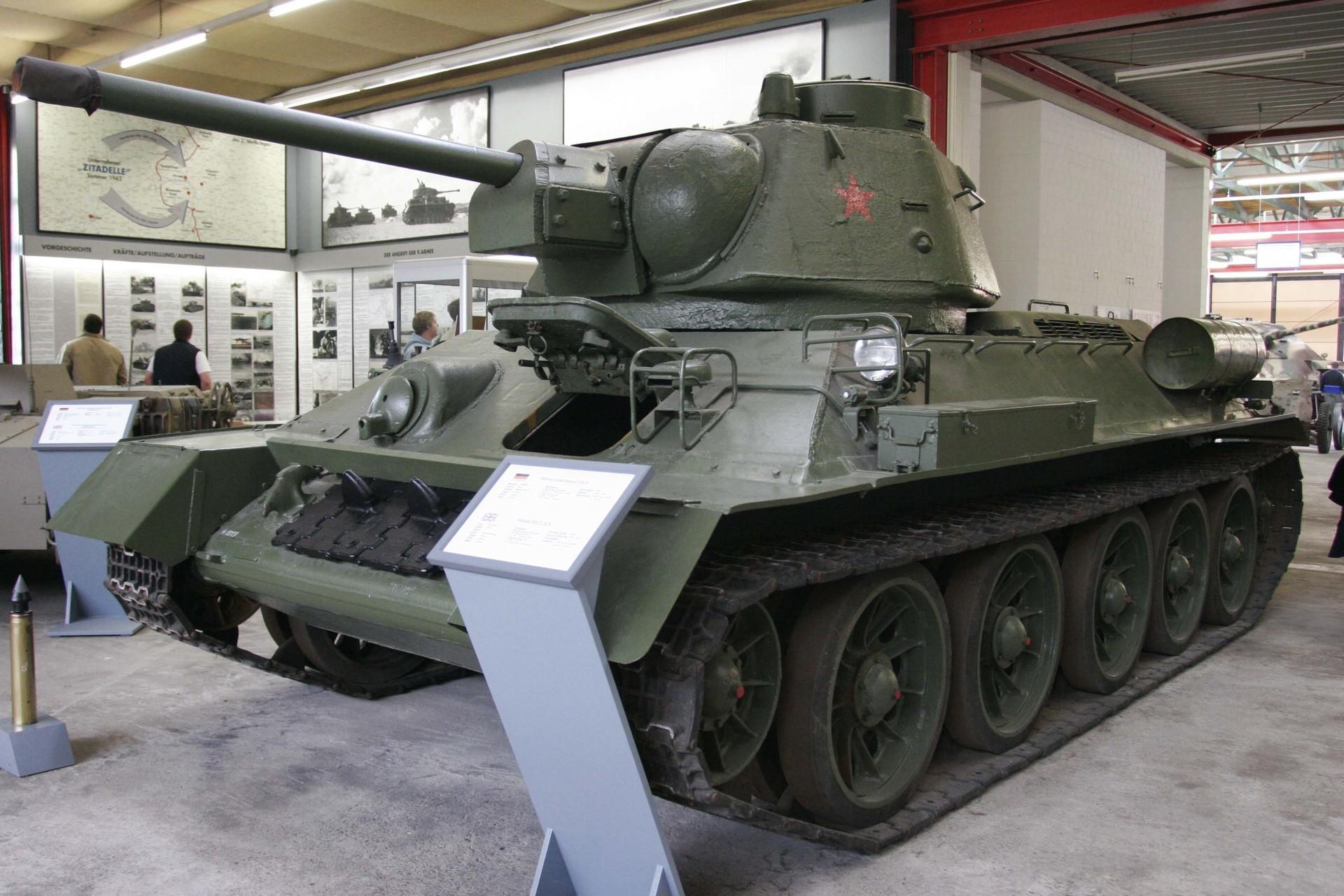 T-34 u njemačkom muzeju tenkova u Munsteru.