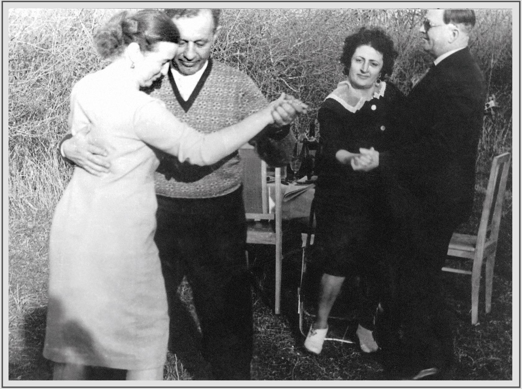 Амазасп Бабаджанян със съпругата си