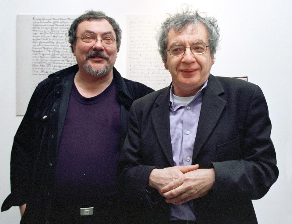 Виталий Комар (слева) и Александр Меламид, 2002