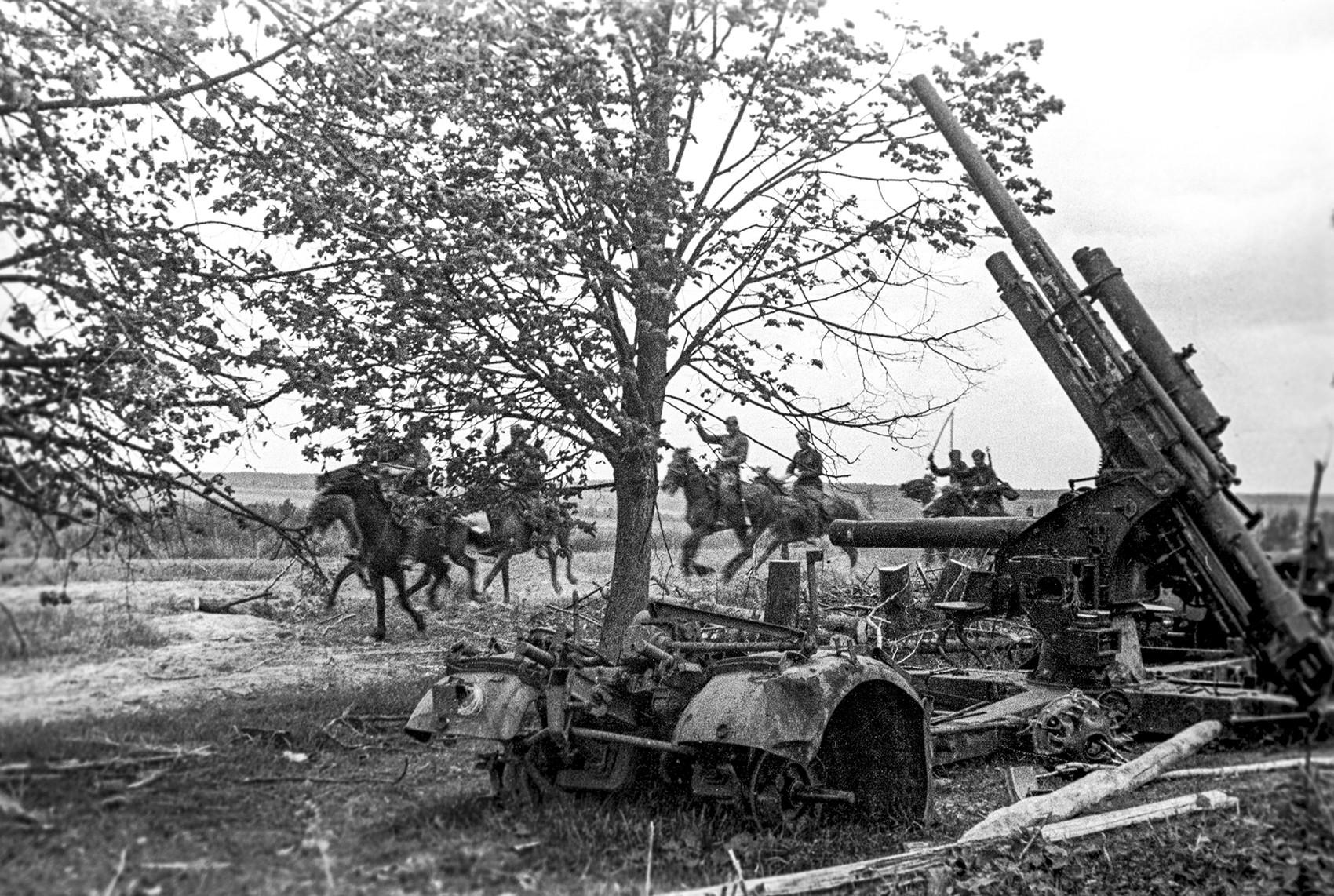 Maj 1942, sovjetska konjenica in trofejno protiletalsko orožje