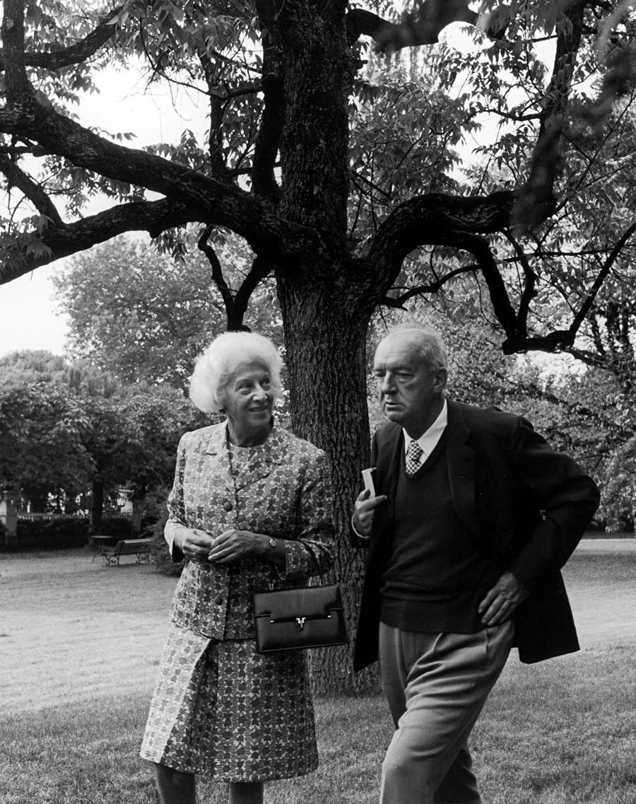 Набоков с женой Верой в Монтрё, 1967