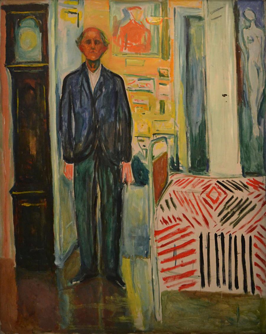"""Autorretrato """"Entre o Relógio e a Cama"""" (1940-1943). Edvard Munch."""
