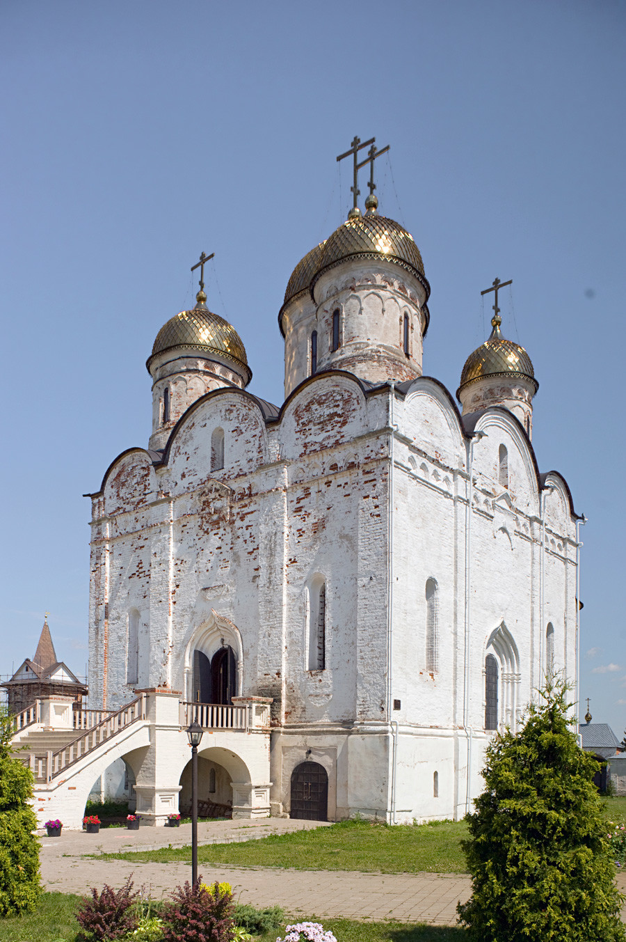 Luzhetsky Monastery. Cathedral of Nativity of the Virgin, southwest view. July 5, 2015.