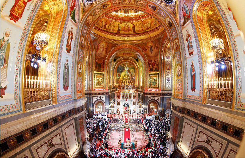 Velikonočno bogoslužje v moskovski katedrali Kristusa Odrešenika