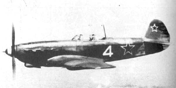 Yak-9M.