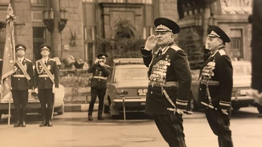 Олег Александрович Лосик, маршал на тенковските единици, Херој на Советскиот Сојуз.