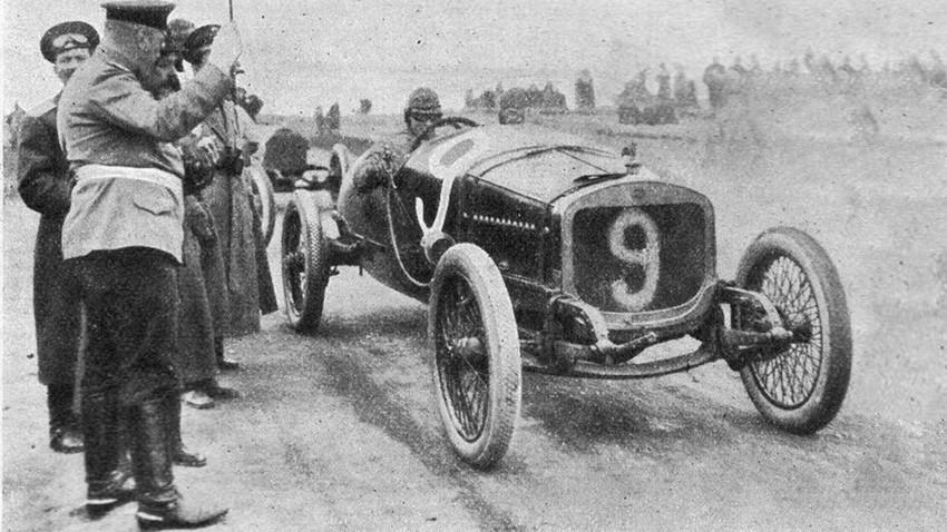 Iwan Iwanow auf Grand Prix Russlands im Jahr 1913