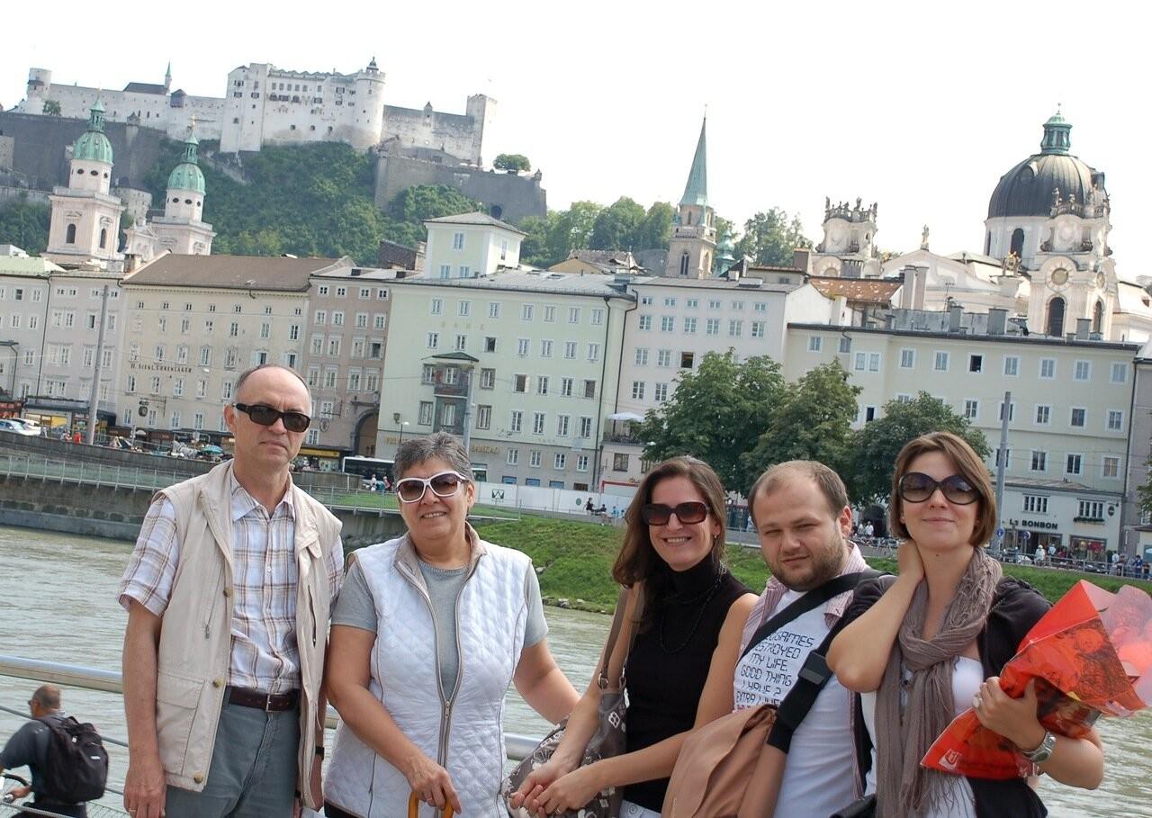 S prijatelji iz Rusije (levo znameniti dirigent Orkestra Kinematografije Sergej Skripka)