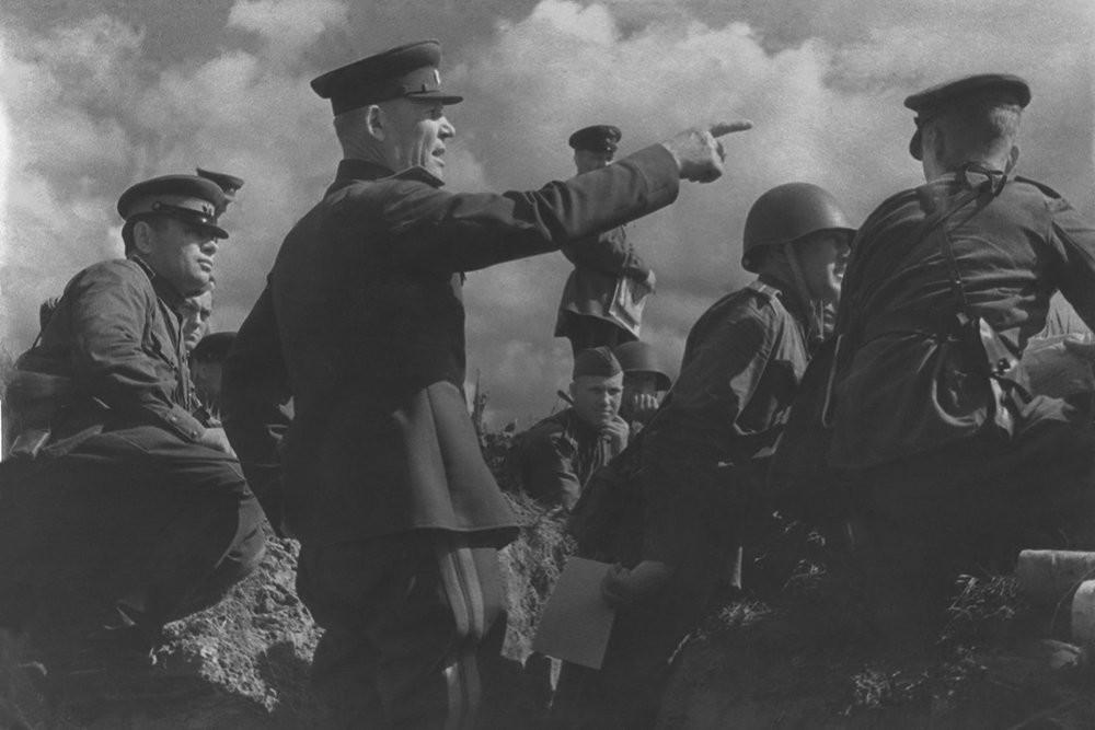 Генерал-лейтенант И.С.Конев, Белгородско-Харковска операция, 1943