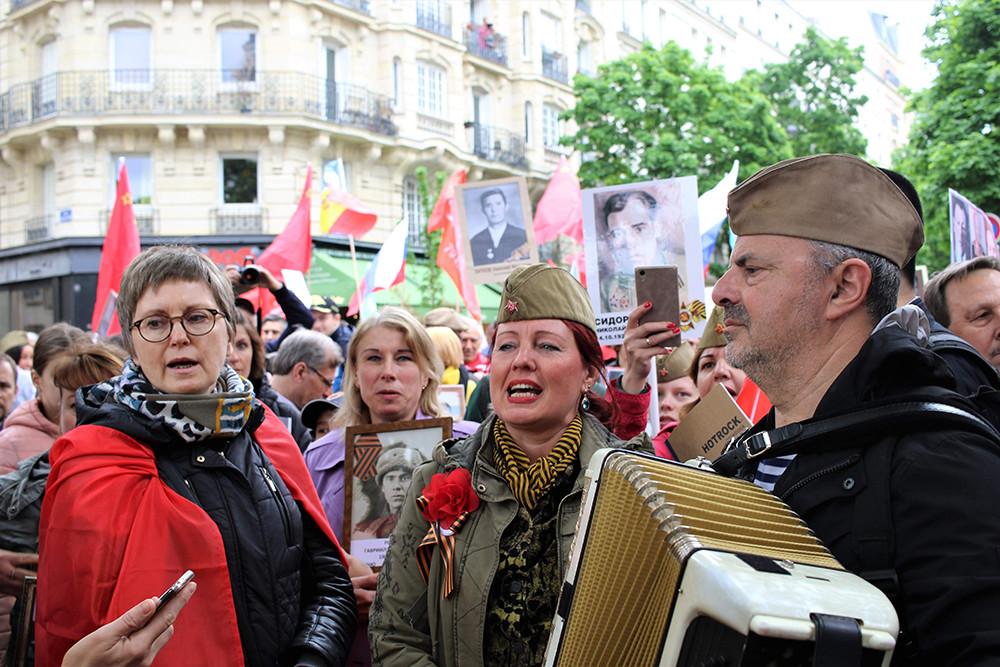 Le défilé du Régiment immortel le 8 mai 2019 à Paris