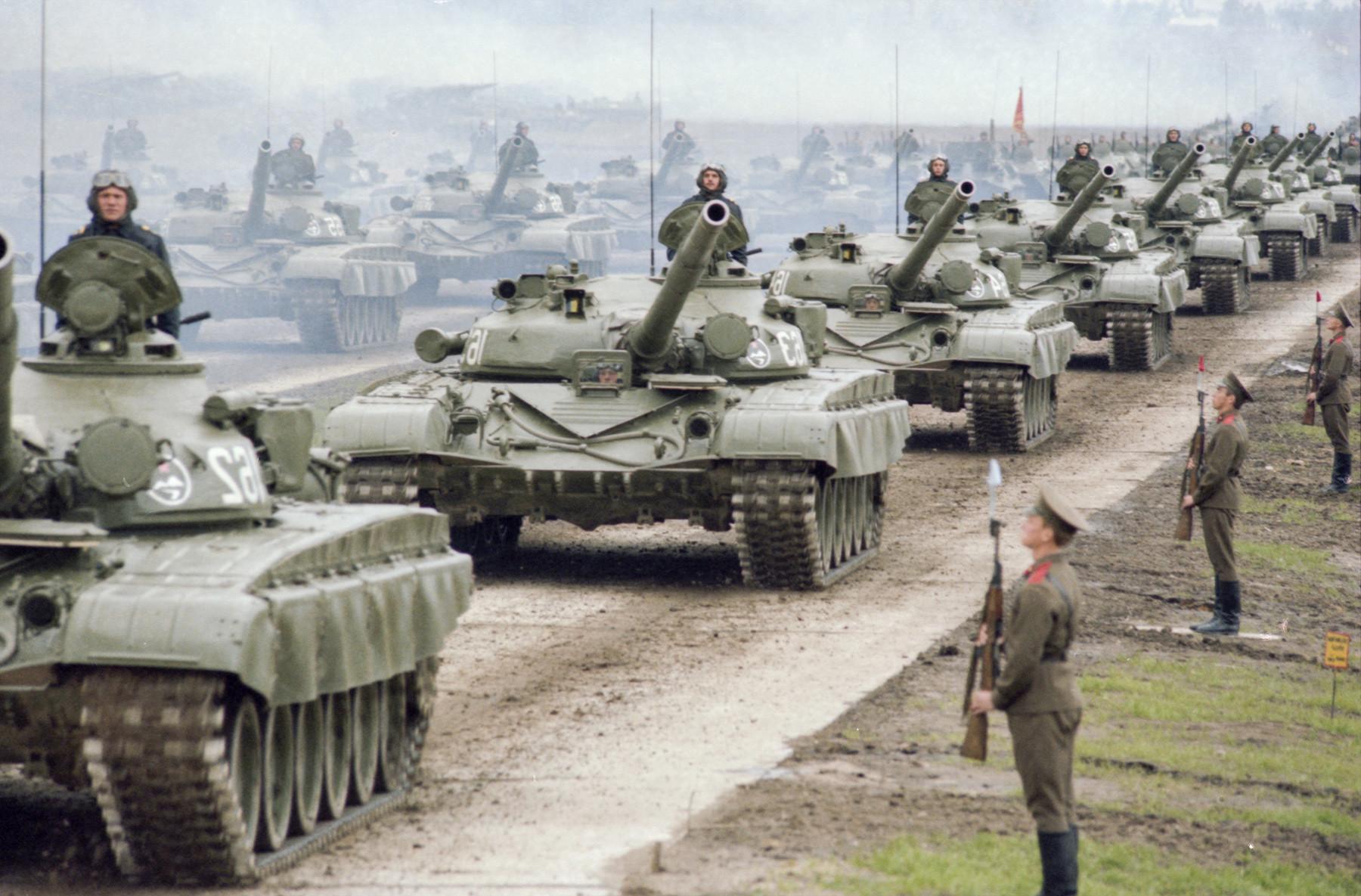 Vojaške vaje Zapad-81, 1. september 1981, ZSSR, terenski pregled enot