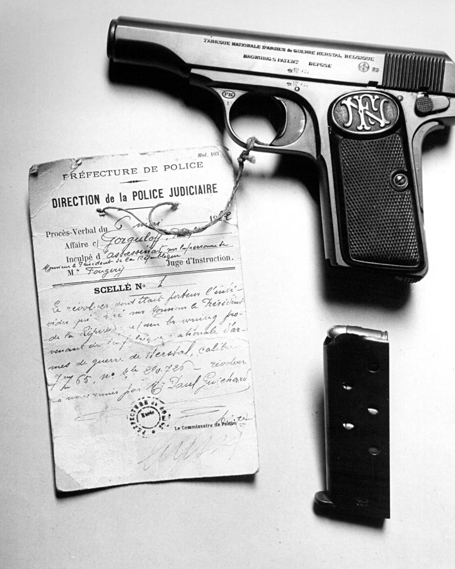 Pištola, s katero je Pavel Gorgulov ubil francoskega predsednika.