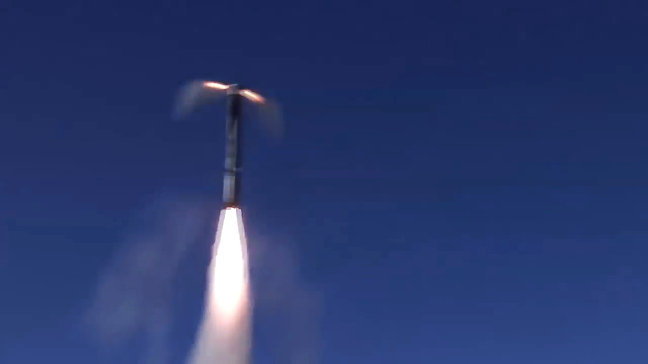 シリアにおける違法軍事組織の拠点を目的としたP-800「オーニクス」の地上発射型「バスチオン」からの発射。