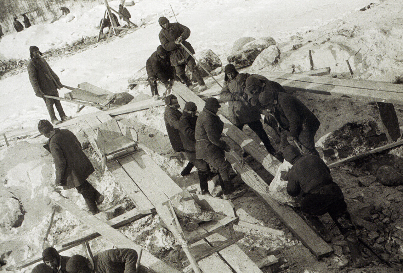 Construction du canal Baltique-Mer Blanche, 1933