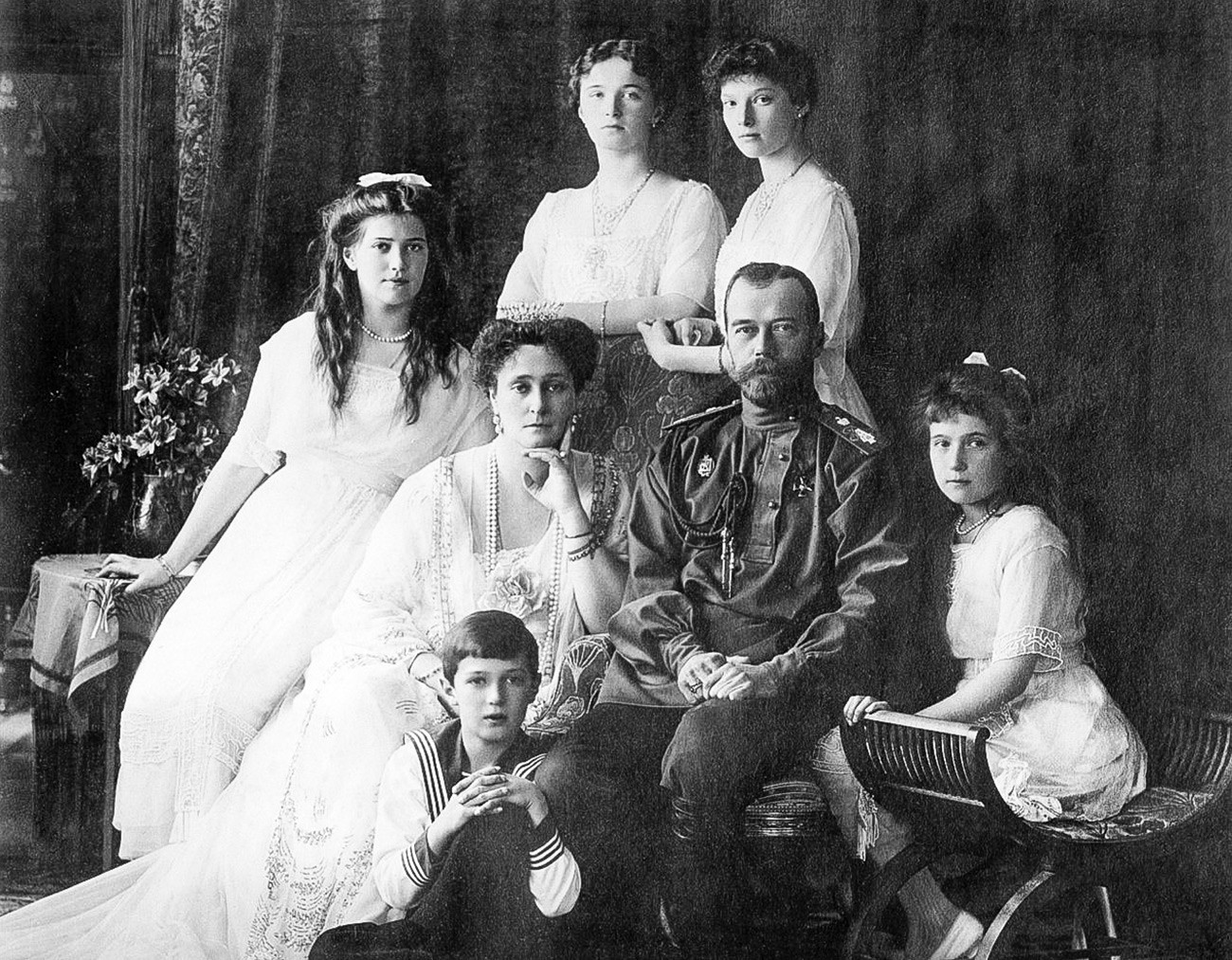 Emperor Nicholas II with his spouse, Alix of Gessen (baptized to Orthodoxy as Alexandra Fedorovna) and their children.
