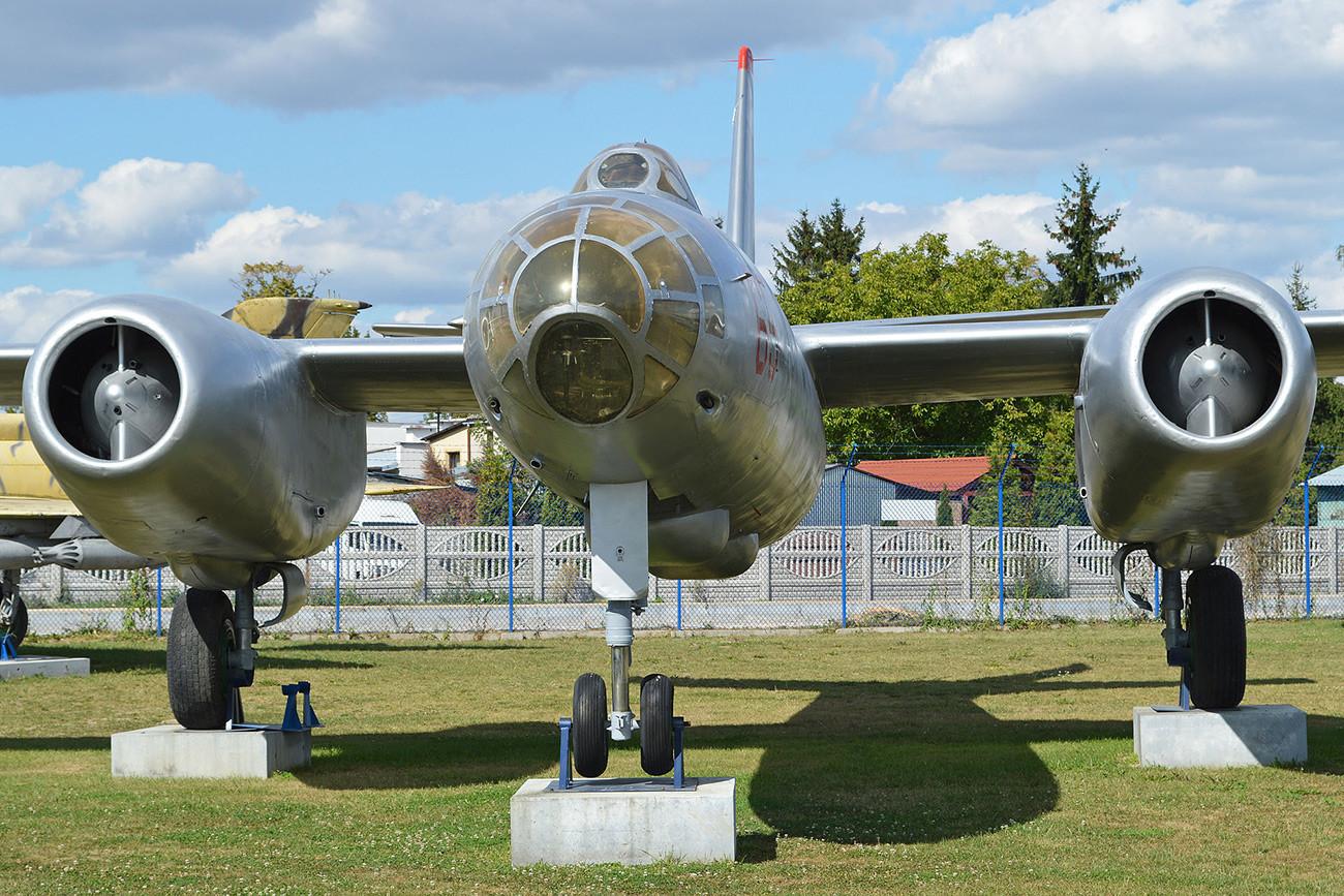 Ил-28Е