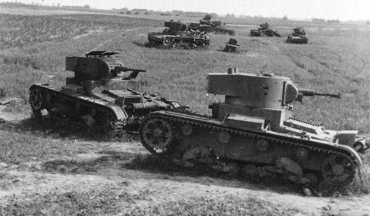 Uničena skupina tankov T-26