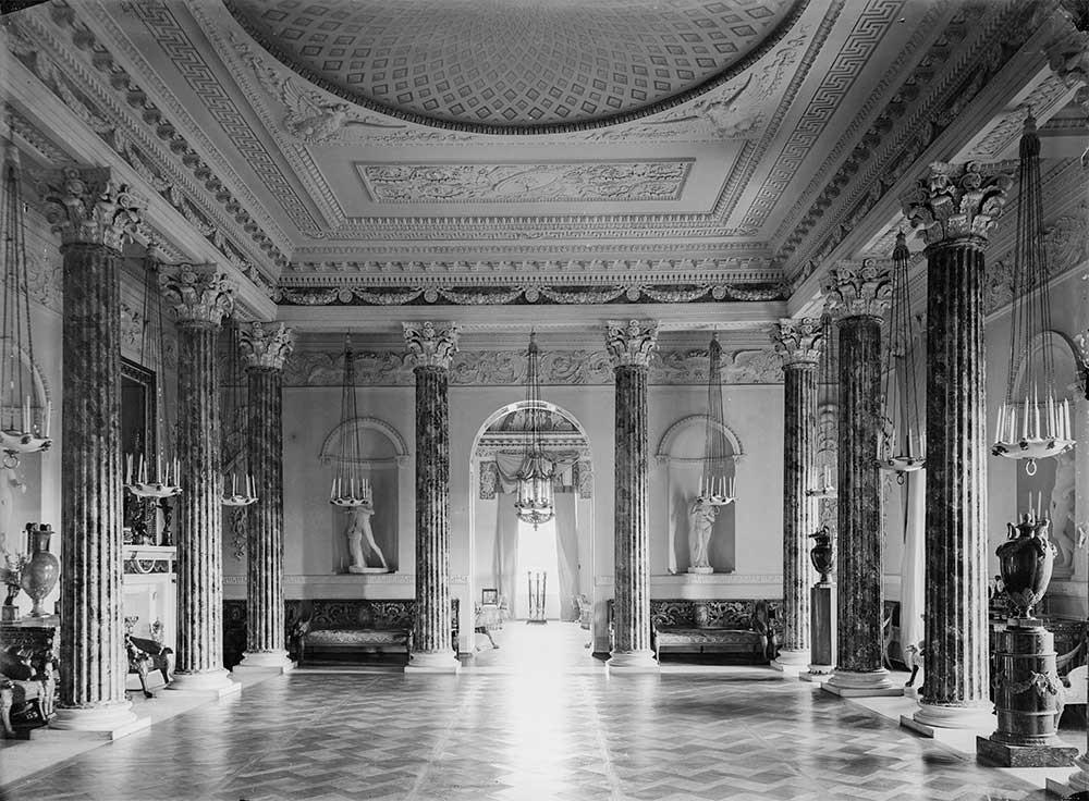 La salle grecque du palais de Pavlovsk, années 1900. Alexandre Erjemski