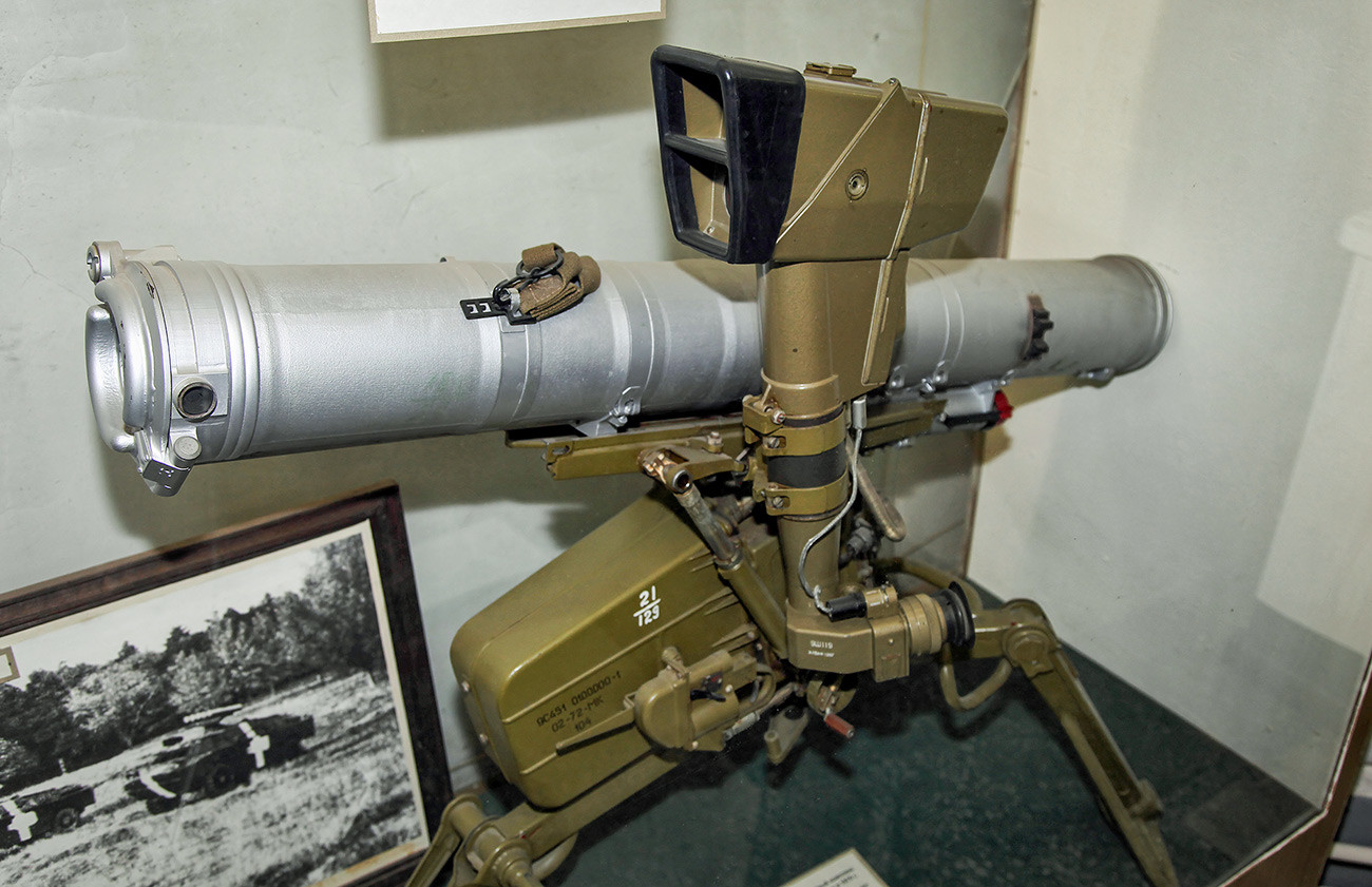 "Противтенковски систем 9K111 ""Фагот""."