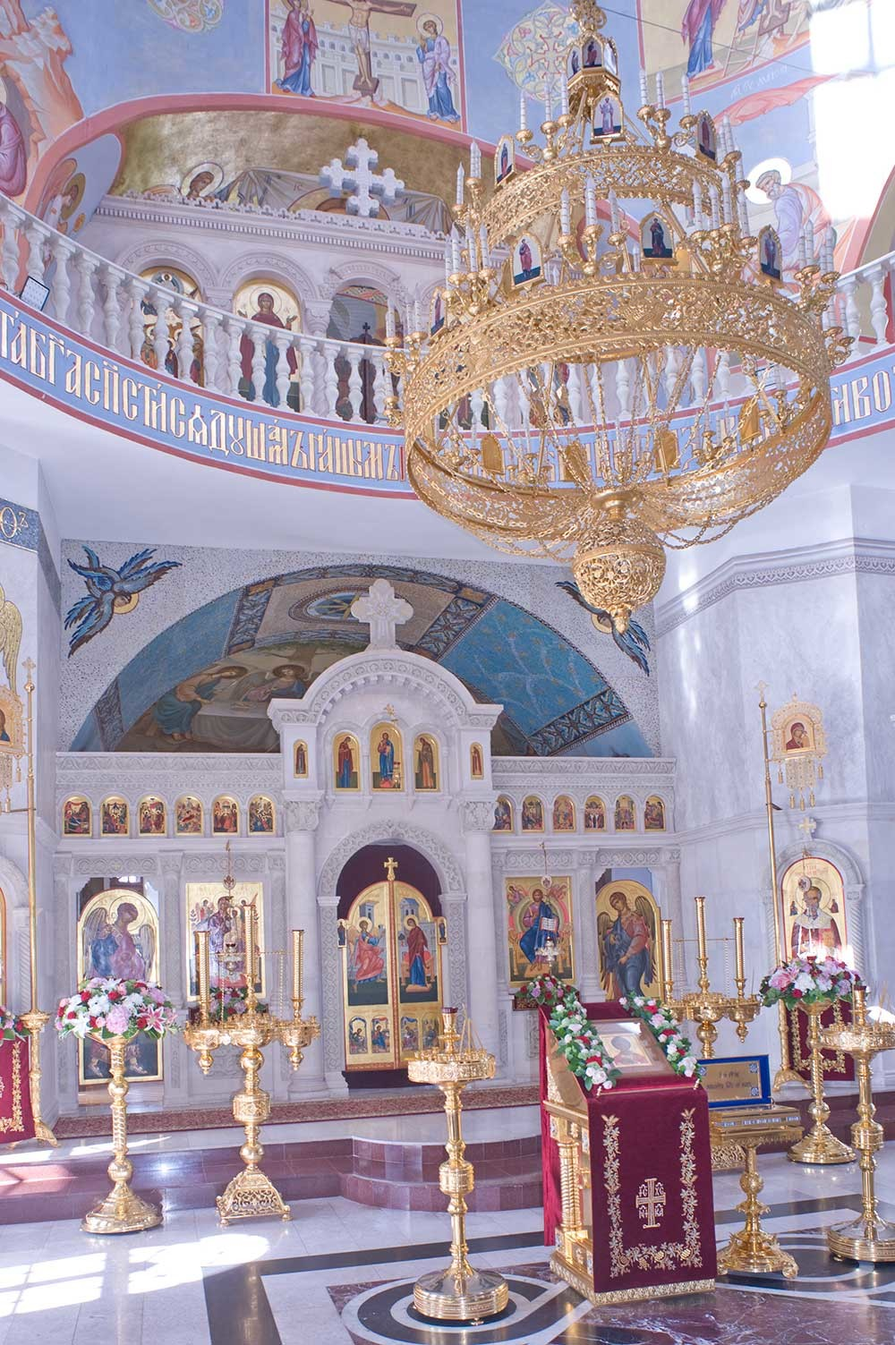 St. Nicholas-Chernoostrovsky Convent. Cathedral of St. Nicholas, interior with new icon screen. August 8, 2016