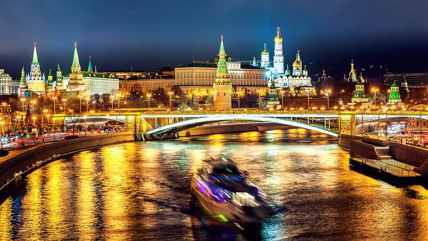 Moskau bei Nacht: 15 atemberaubende Bilder der russischen Hauptstadt