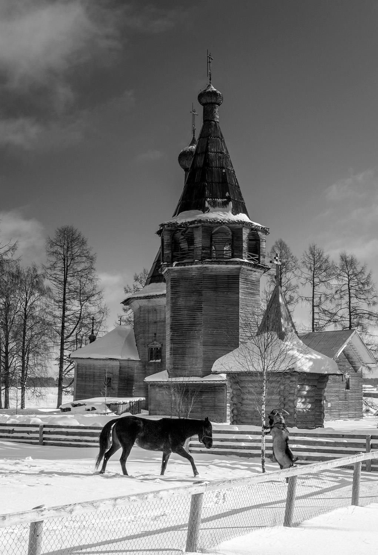 ボゴヤブレンスカヤ教会(ポゴスト村)
