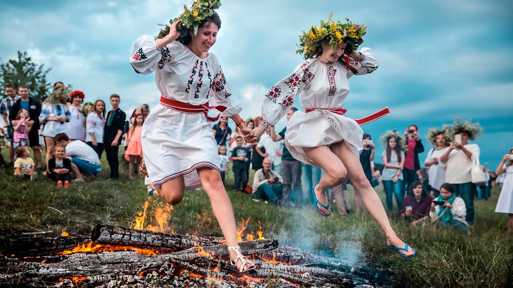 Risultato immagini per neo-paganesimo