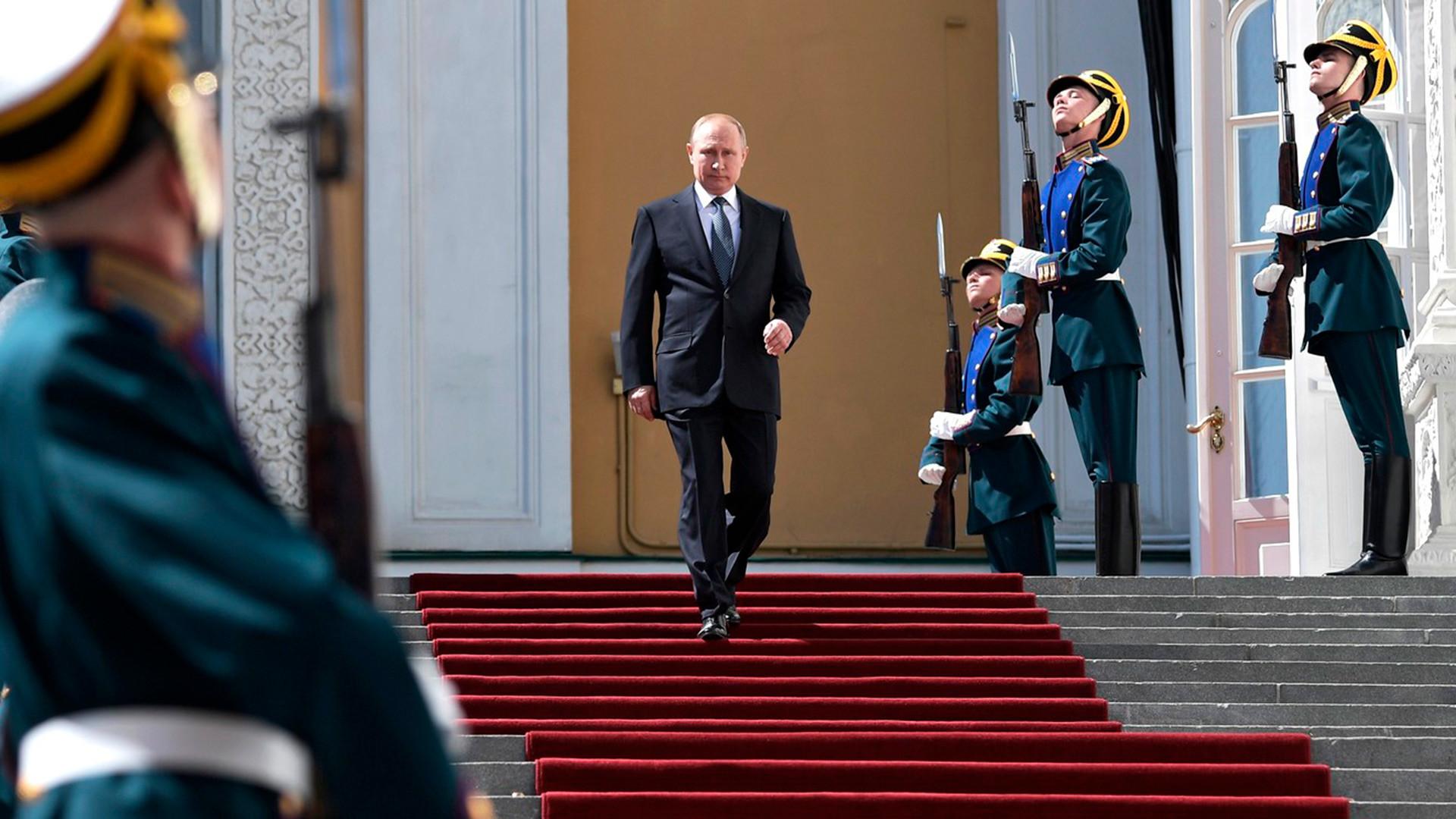 Putinova kuća ... može li se ova konstrukcija nazvati kućom 5d2edc2d85600a27bc3a3b56
