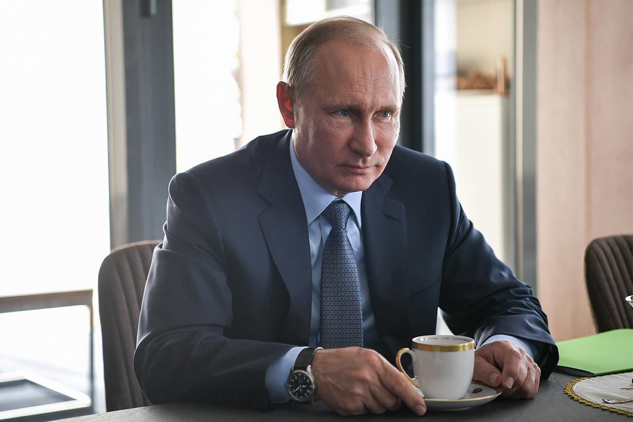 Putinova kuća ... može li se ova konstrukcija nazvati kućom 5d2edc6285600a0a03793909