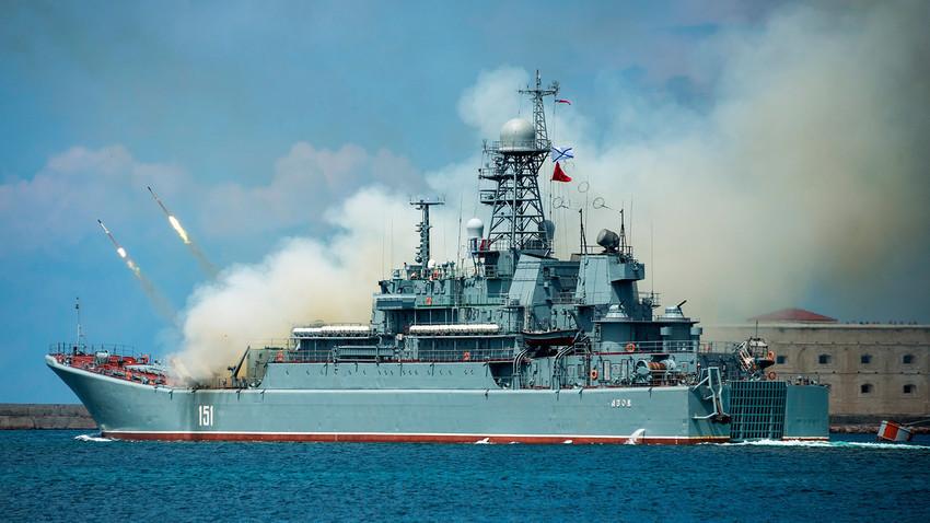 Големият десантен кораб