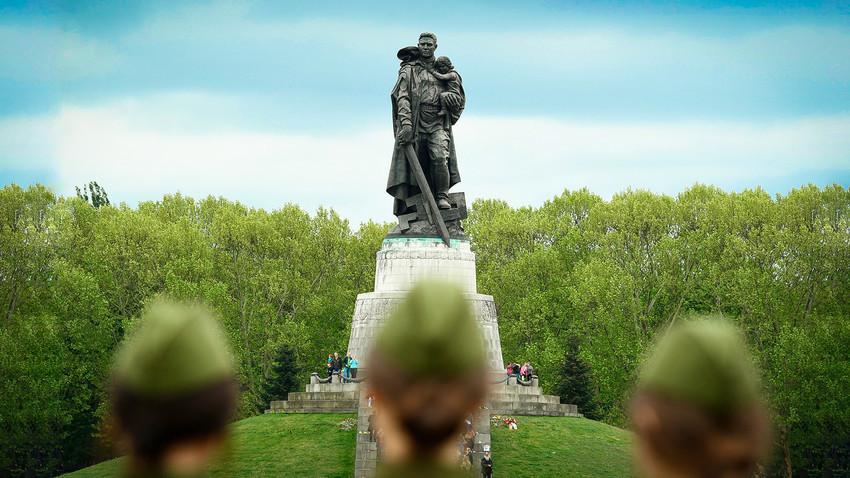 Monumento do Soldado-Libertador Soviético em Berlim