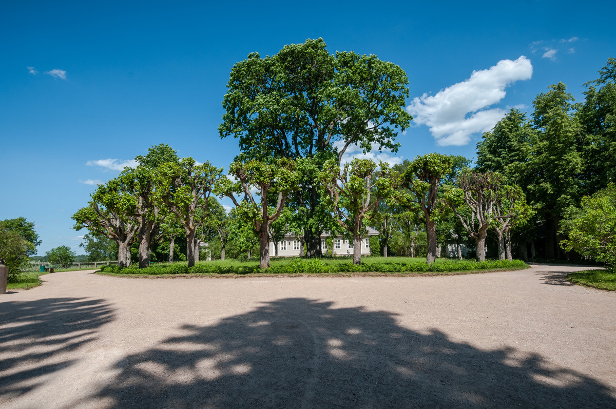 Pushkin Hills: Legendary places celebrating the great poet