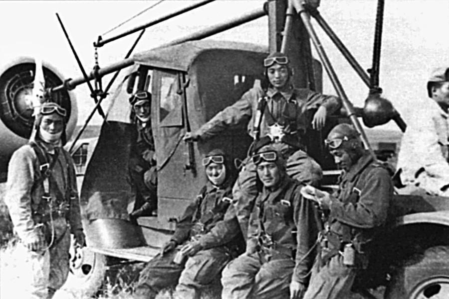 Японские летчики.
