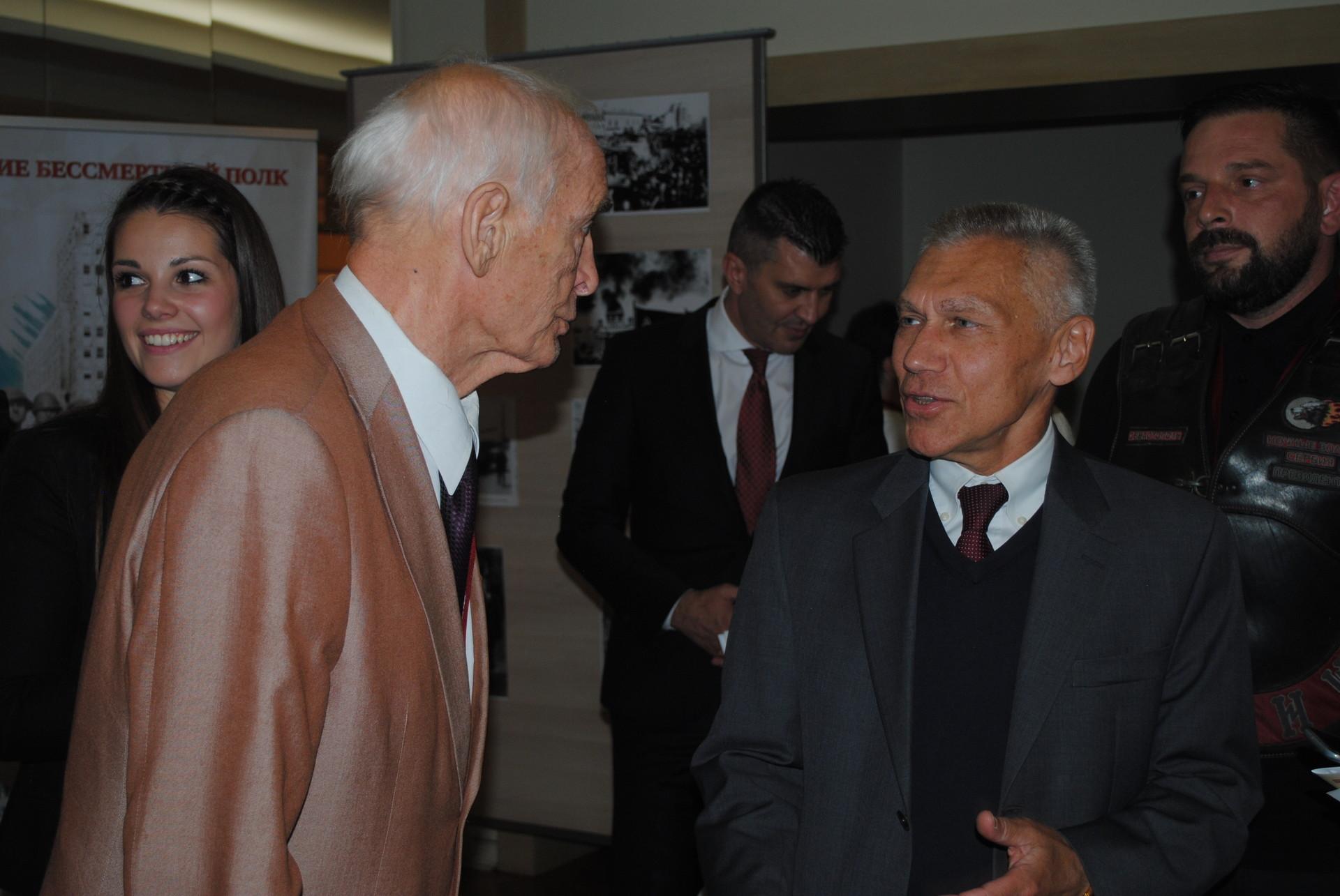 Василиј Лановој и Александар Боцан-Харченко