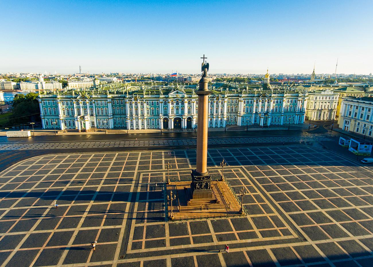 Dvorni trg, Sankt Peterburg