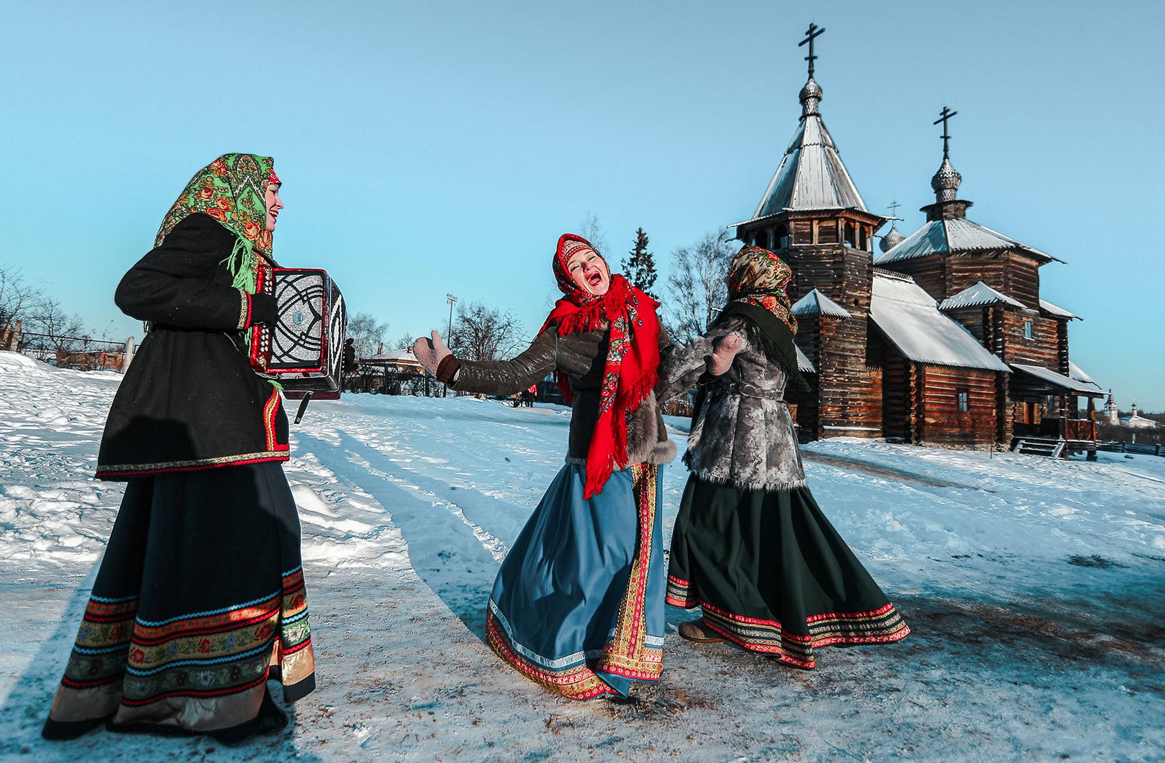 Suzdal saat perayaan Maslenitsa.