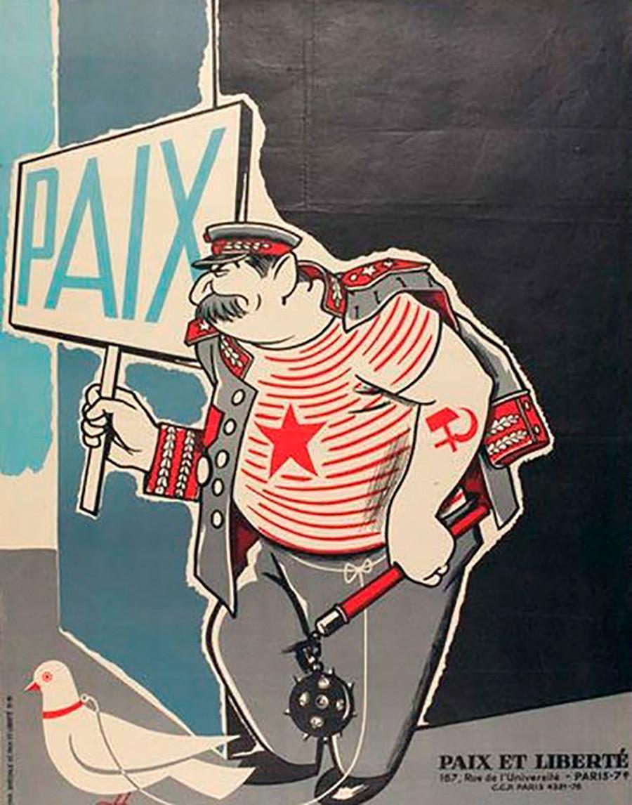 """20.""""Paz"""", reza en francés el cartel que porta Stalin."""